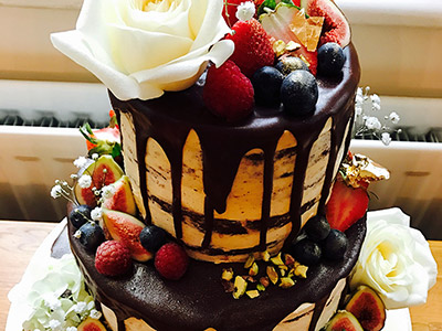 Arapina Bakery, WOWS everyone with their Vegan Wedding Cake