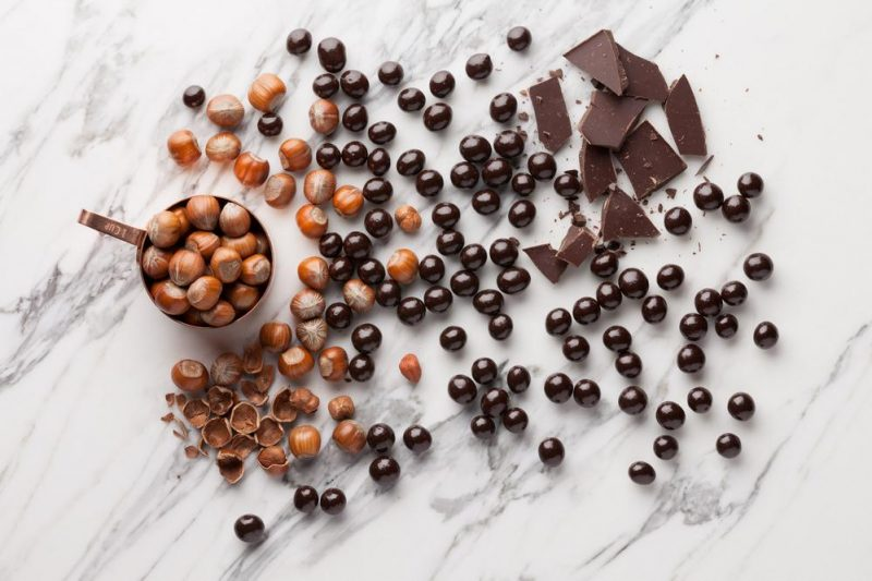 Hazelnuts in dark chocolate